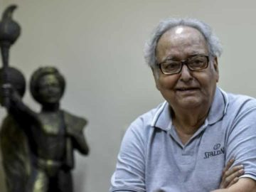 Soumitra Chatterjee died on November 15 in Kolkata after contracting Covid encephalopathy.
