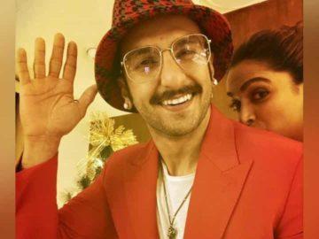 Ranveer Singh and Deepika Padukone celebrate Christmas.